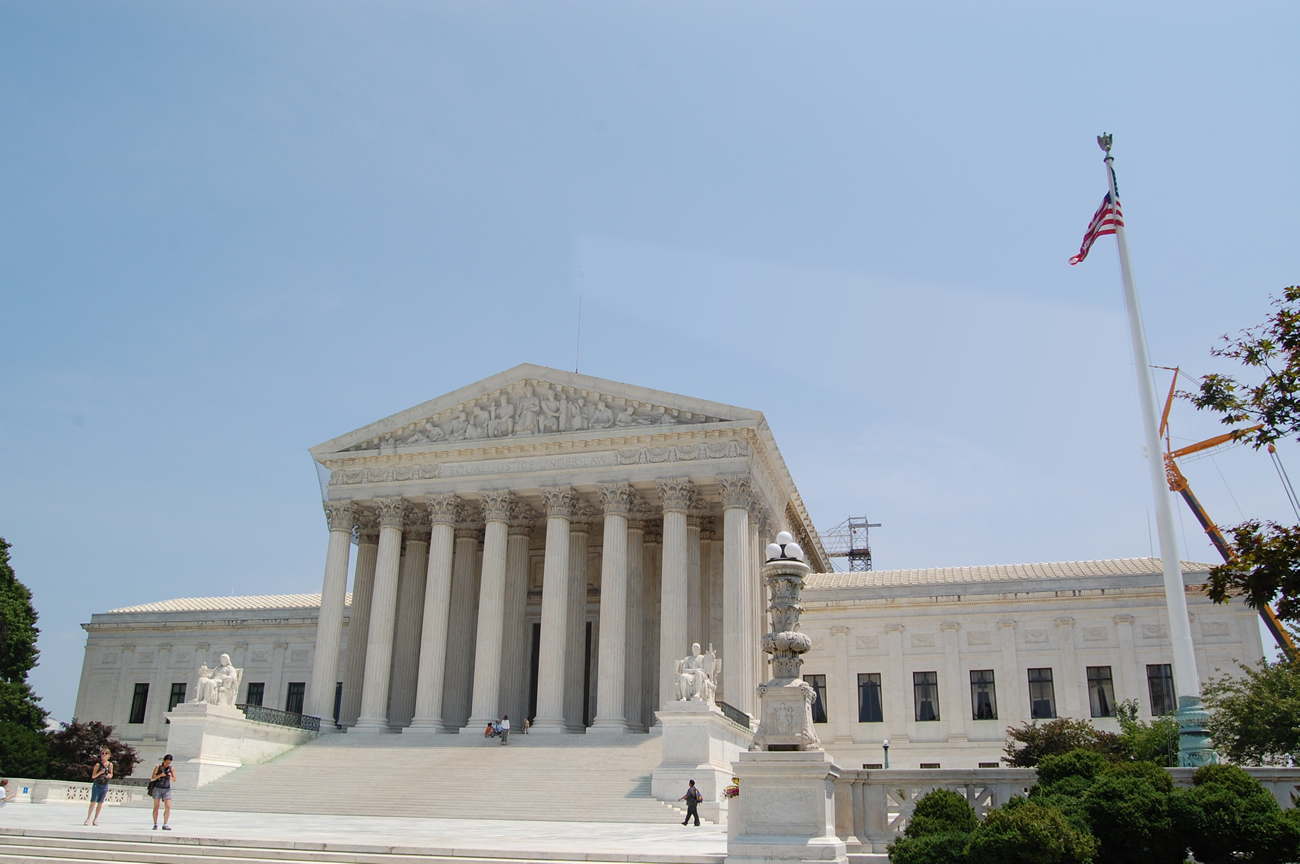 Courant: Democrats offer state legislation to soften U.S. Supreme Court blows against public sector unions