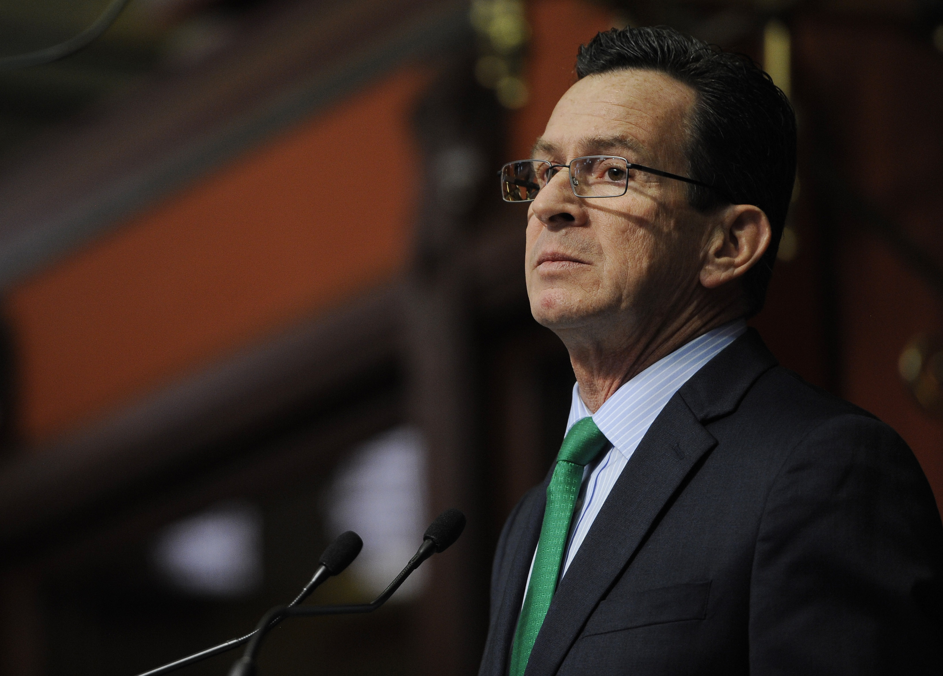 Malloy signs executive order to force tolls study