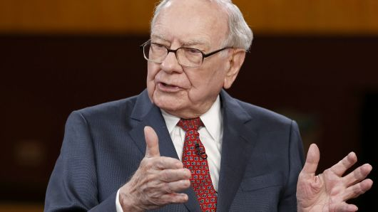 Warren Buffet Warns Businesses Away From States with Big Pension Problems