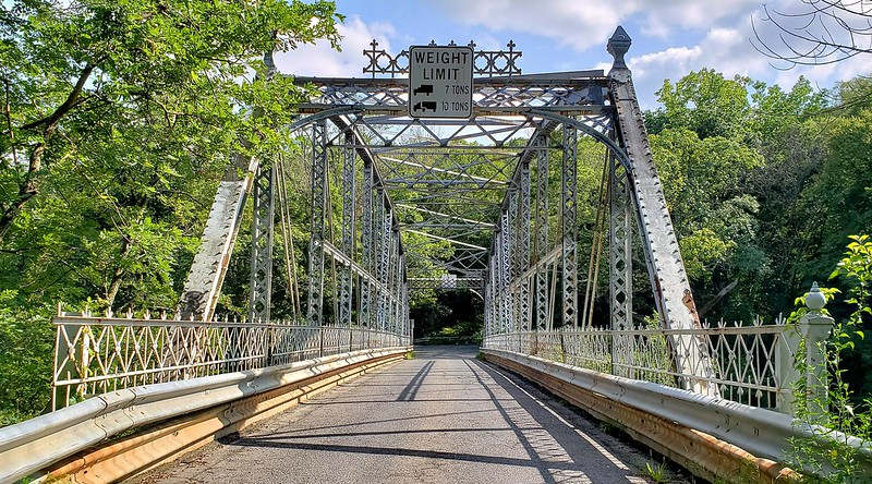 Nearly half of structurally deficient bridges in Connecticut are local bridges