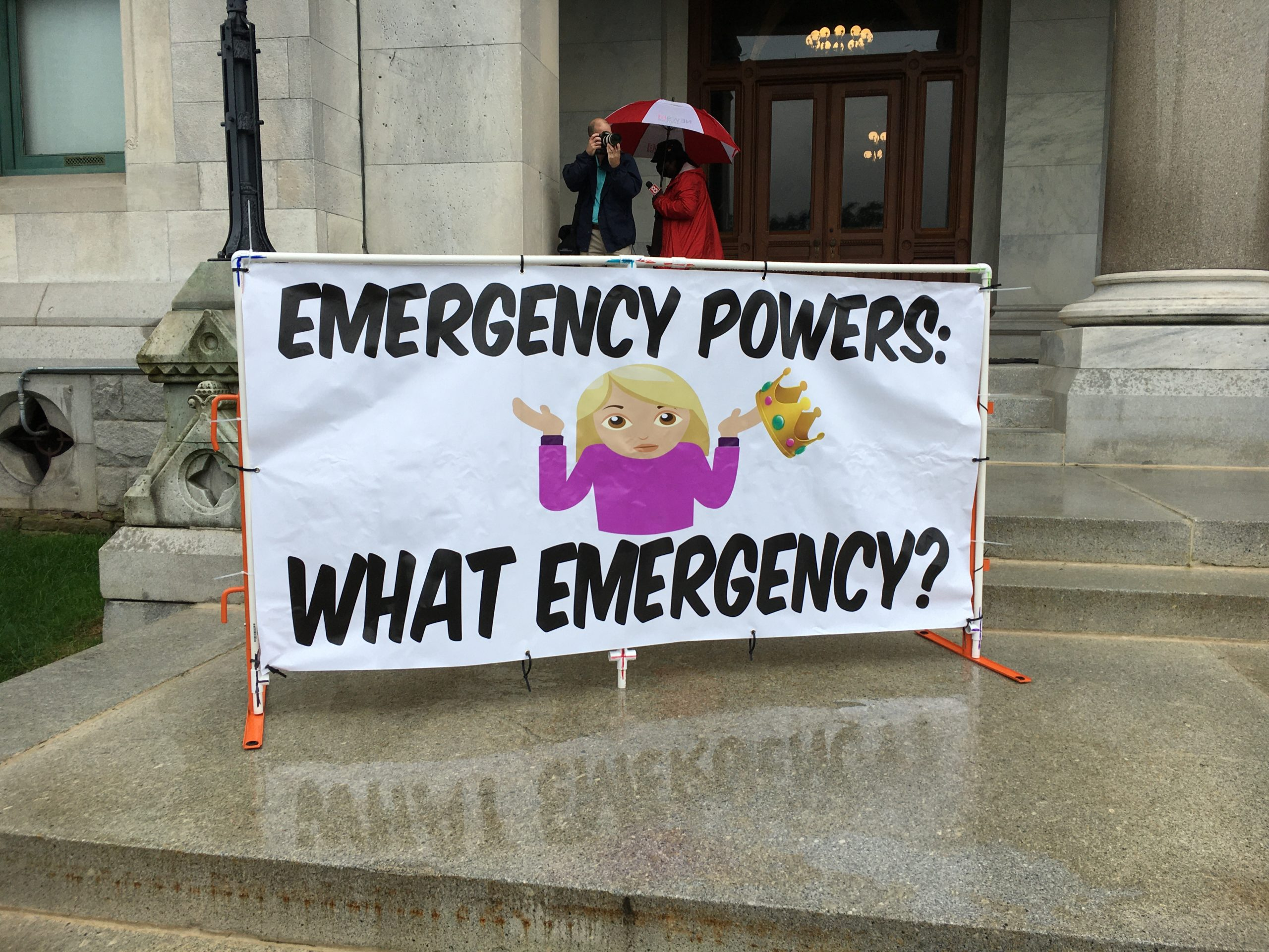 """Rally at the Capitol to end Connecticut's emergency declaration: """"Represent us or resign"""""""